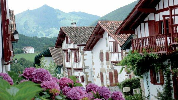 Sare, entre el mar y los Pirineos