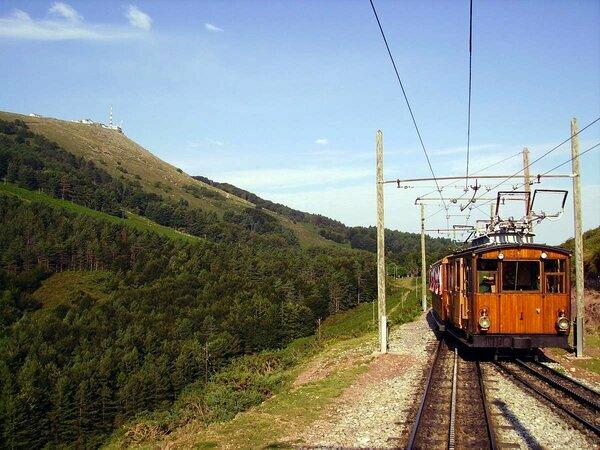 Tren Larrun o la Rhune, Sare